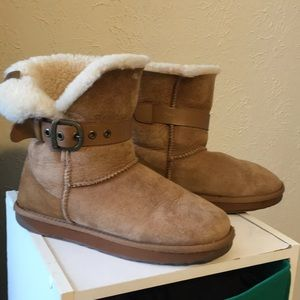 Emu boots